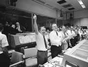 Mission Control celebrates (17 abril 1970), NASA